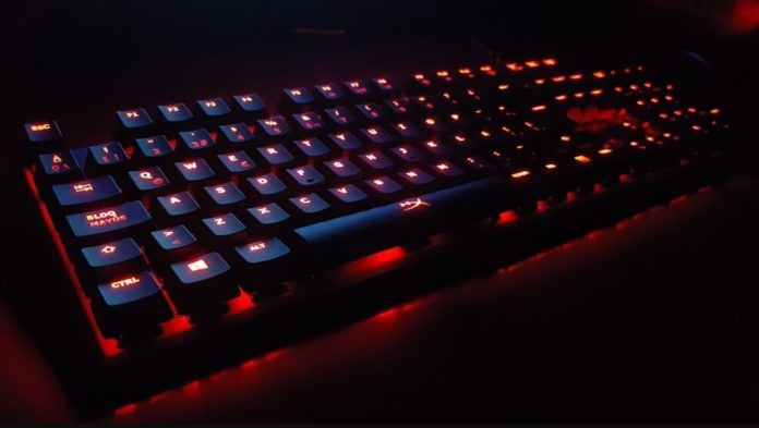 top 3 tastaturi de gaming luminate ieftine